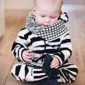 Onepiece baby svart/vit zebra - Lucky